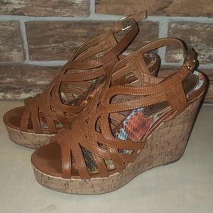 Madden girl heeled wedge